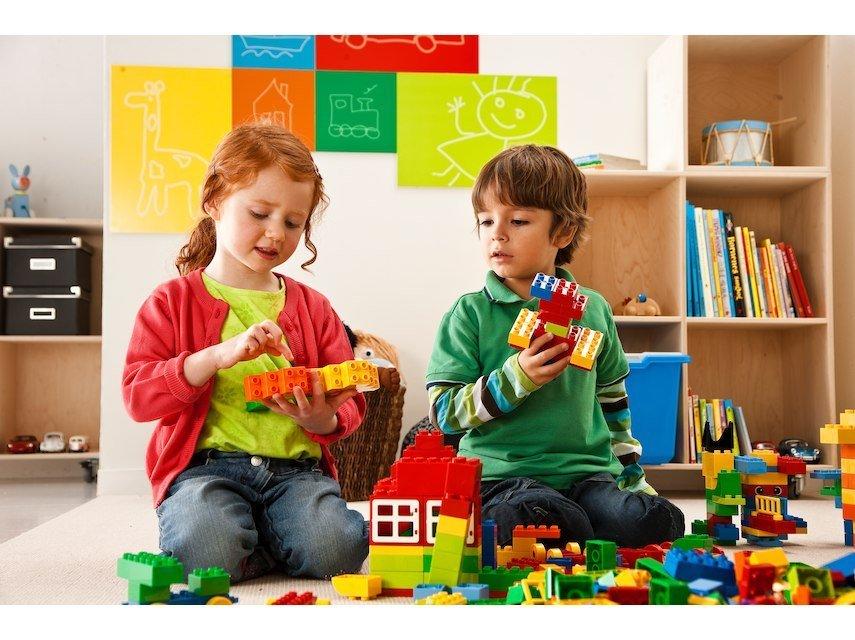 XL LEGO Education Bricks Set Play